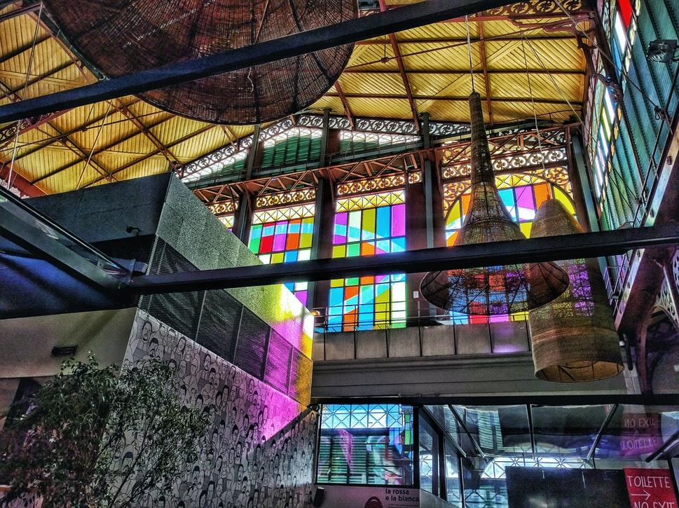 Salonul Național al Sticlei văzut online